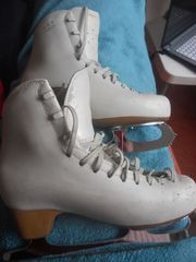 Ladies Figure Ice Skates